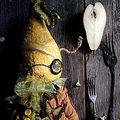 Куклы и игрушки ручной работы. Ярмарка Мастеров - ручная работа Груша Макинтошевич и Червячок Гнильцо. Handmade.