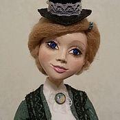 Кукла в костюме наездницы