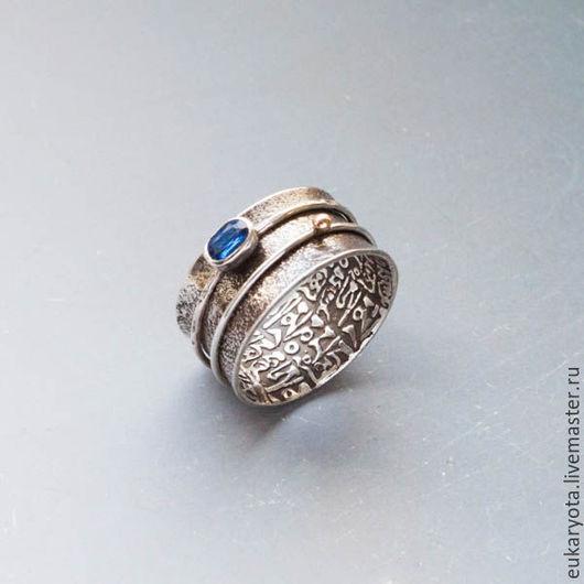 Кольца ручной работы. Ярмарка Мастеров - ручная работа. Купить Кольцо из серебра и золота с кианитом Скрытый смысл. Handmade.