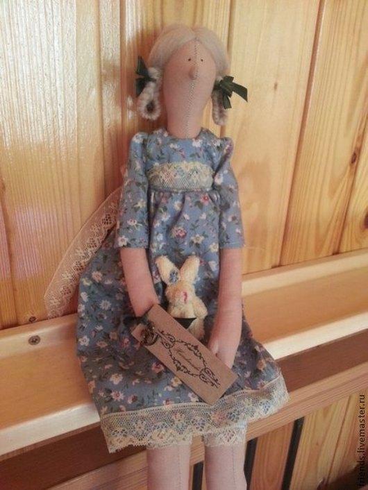 Кукла Люся. Каждая куколка по желанию, может быть упакована в мешочек из органзы.