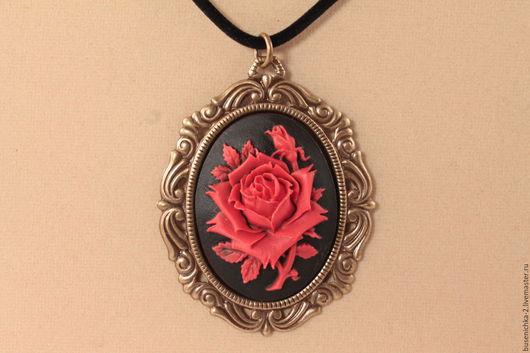 Кулоны, подвески ручной работы. Ярмарка Мастеров - ручная работа. Купить Камея Красная роза (30х40мм). Handmade.
