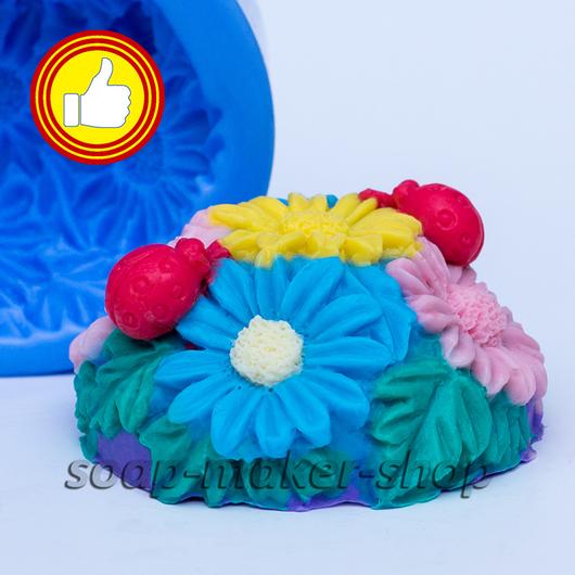 Материалы для косметики ручной работы. Ярмарка Мастеров - ручная работа. Купить Силиконовая форма для мыла «Цветочная полянка 2». Handmade.