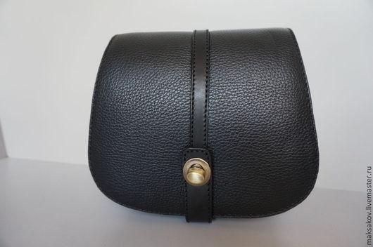 Женские сумки ручной работы. Ярмарка Мастеров - ручная работа. Купить Маленькая чёрная сумочка из мягкой кожи. Handmade. Черный