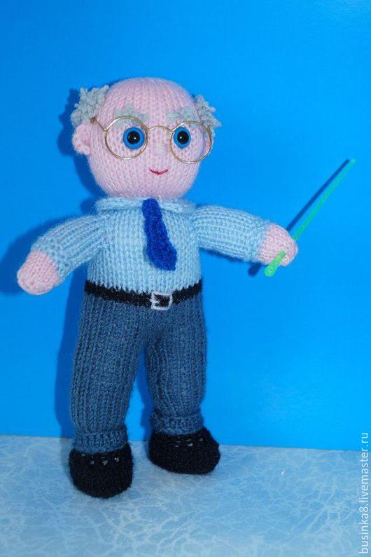 Профессор. Вязаные куклы и игрушки