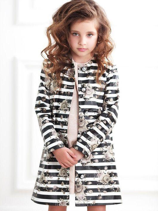 """Одежда для девочек, ручной работы. Ярмарка Мастеров - ручная работа. Купить Пальто """"Розы"""". Handmade. Пальто, полоска, брендовая одежда"""