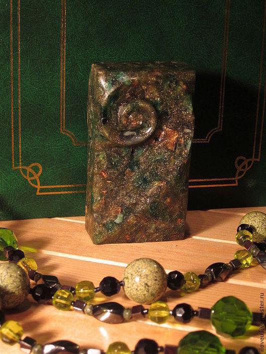 """Мыло ручной работы. Ярмарка Мастеров - ручная работа. Купить Мыло ручной работы """"Раковина"""" (темно-зеленый, камень, океан, море). Handmade."""