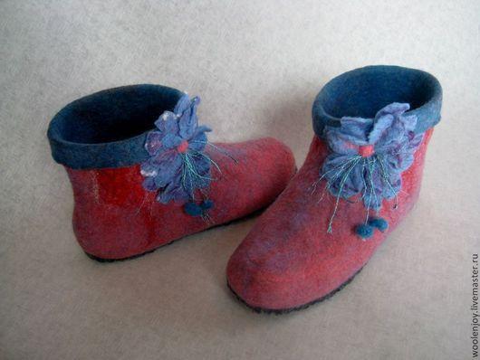 """Обувь ручной работы. Ярмарка Мастеров - ручная работа. Купить полуваленки """"брусничные"""". Handmade. Брусничный, валенки для дома, обувь для отдыха"""