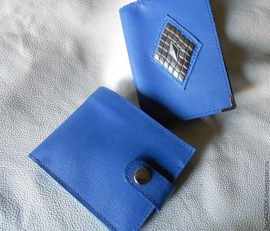 Кошельки и визитницы ручной работы. Ярмарка Мастеров - ручная работа. Купить Кожаные кошелек и обложка для паспорта синего цвета. Handmade.