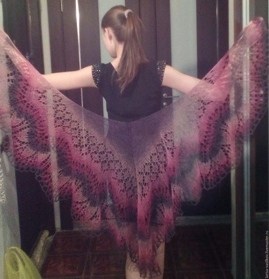 Шали, палантины ручной работы. Ярмарка Мастеров - ручная работа. Купить Ажурная шаль.. Handmade. Розовый, шерсть 100%