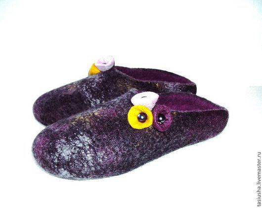 """Обувь ручной работы. Ярмарка Мастеров - ручная работа. Купить Тапочки шлёпанцы валяные женские """"Чёрный жемчуг"""". Handmade. Тапки"""