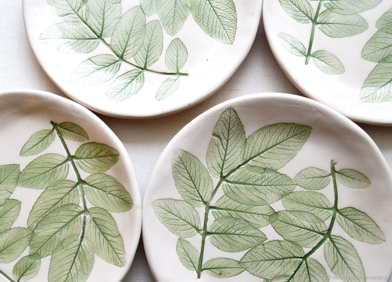 Тарелки с листьями шиповника, Тарелки, Петрозаводск,  Фото №1