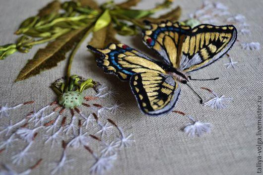 """Картины цветов ручной работы. Ярмарка Мастеров - ручная работа. Купить Картина вышитая лентами и гладью. """"Бабочка..."""". Handmade."""