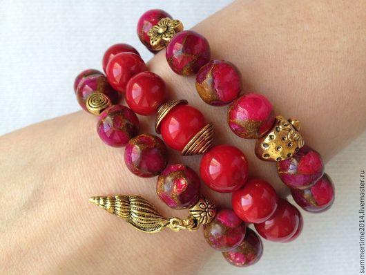 Браслеты ручной работы. Ярмарка Мастеров - ручная работа. Купить Комплект красных браслетов из коралла и варисцита. Handmade. Ярко-красный