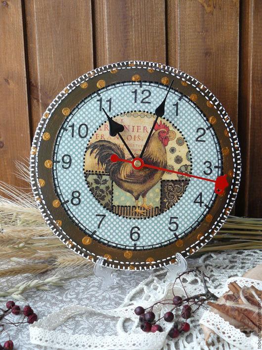 """Часы для дома ручной работы. Ярмарка Мастеров - ручная работа. Купить Часы настенные """"Петухи"""". Handmade. Коричневый, часы для дома"""