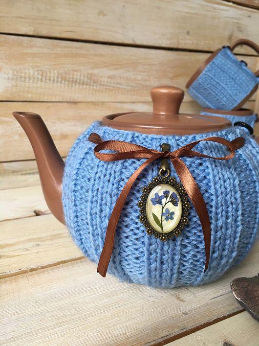 """Кухня ручной работы. Ярмарка Мастеров - ручная работа. Купить Чайник в вязаной грелочке """"Под небом голубым"""". Handmade."""