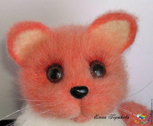 Интерьерная игрушка Кошка `Мандаринка`, валяная игрушка, купить на Ярмарке Мастеров