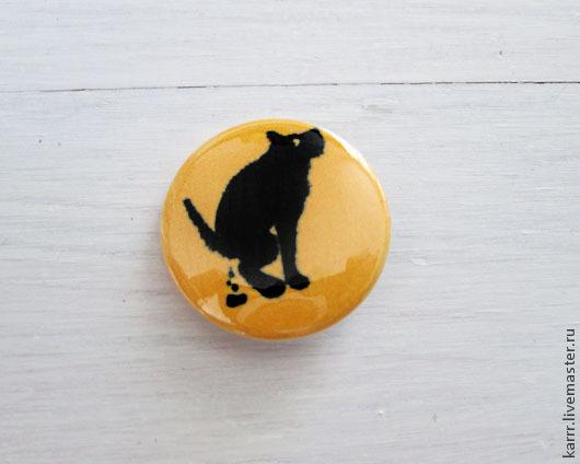 Броши ручной работы. Ярмарка Мастеров - ручная работа. Купить Значок «Собака». Handmade. Желтый, украшение, пластик