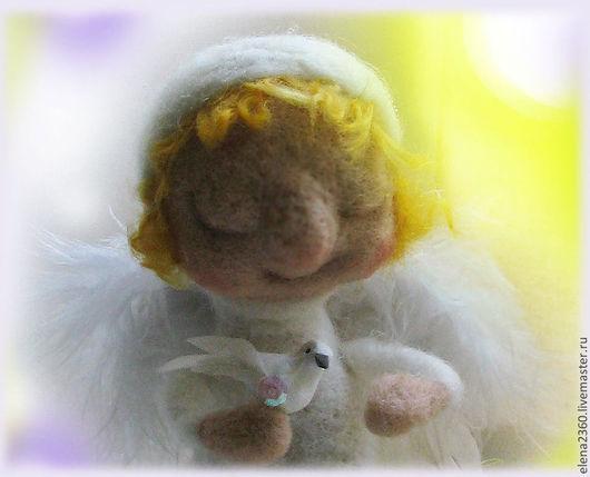 Сказочные персонажи ручной работы. Ярмарка Мастеров - ручная работа. Купить Голубка моя(ангел с голубкой). Handmade. Белый, кудри шерстяные