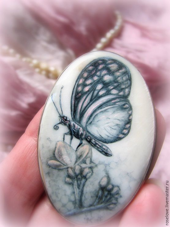 Brooch pendant with painted mother-of-pearl ' Butterfly ', Brooches, Moscow,  Фото №1