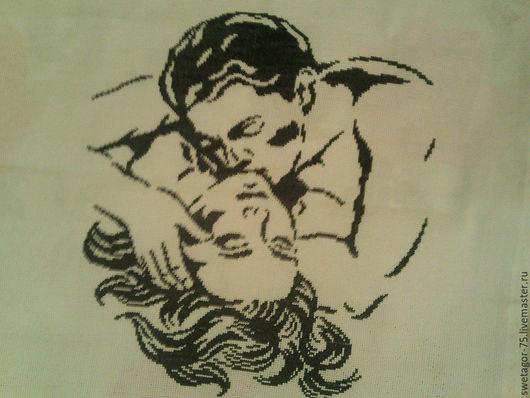 Картина выполнена в технике вышивки крестом в чёрно-белом цвете.