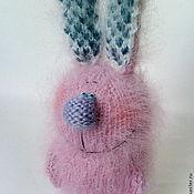 """Куклы и игрушки ручной работы. Ярмарка Мастеров - ручная работа Вязаный заяц """"МаленькийБольшой"""". (Вязаные игрушки зайчики). Handmade."""