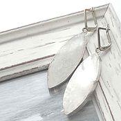 Украшения ручной работы. Ярмарка Мастеров - ручная работа Серьги белый перламутр серебро натуральные камни, серьги лето белый. Handmade.