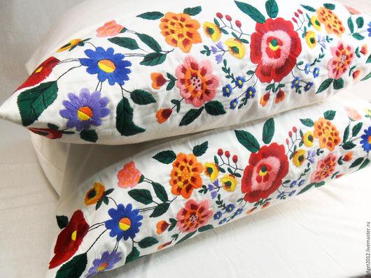Текстиль, ковры ручной работы. Ярмарка Мастеров - ручная работа. Купить Наволочка с вышивкой Цена за 1 штуку.. Handmade.