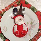 Аксессуары ручной работы. Ярмарка Мастеров - ручная работа Кармашек Санта для столовых приборов. Handmade.