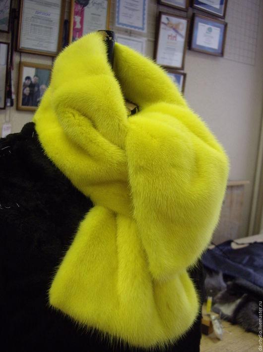 Author`s clothes by Dmitriy PEHTASHEV_Studio: меховой шарфик из норки лимонного цвета
