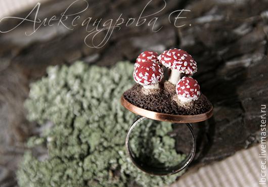 """Кольца ручной работы. Ярмарка Мастеров - ручная работа. Купить Кольцо """"Мухоморчики"""" миниатюра из полимерной глины. Handmade. Кольцо, грибочки"""