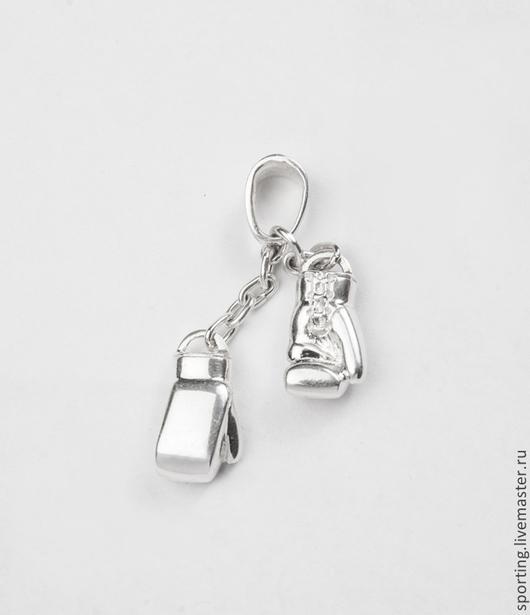 Кулон/подвеска боксерские/бойцовские/борцовские перчатки из серебра/серебро на шею в коробочке.