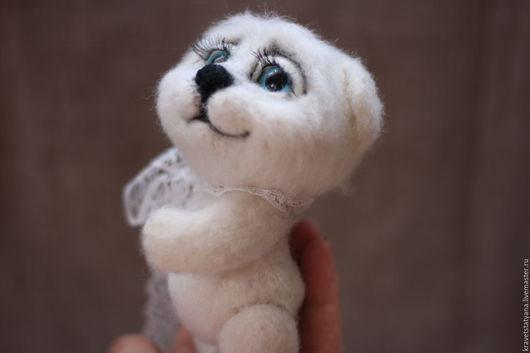 Игрушки животные, ручной работы. Ярмарка Мастеров - ручная работа. Купить Авторская валяная игрушка ручной работы белый медвежонок Веня:). Handmade.