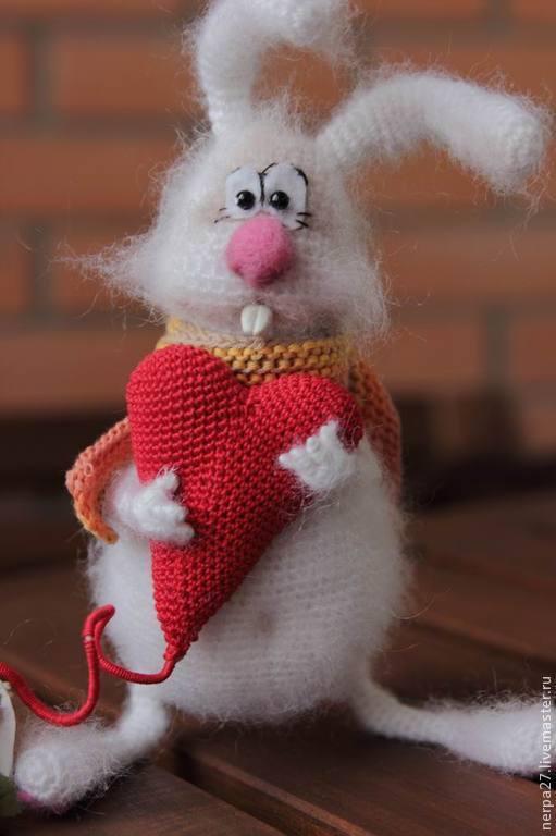 Игрушки животные, ручной работы. Ярмарка Мастеров - ручная работа. Купить Влюбленный заяц. Handmade. Белый, подарок девушке