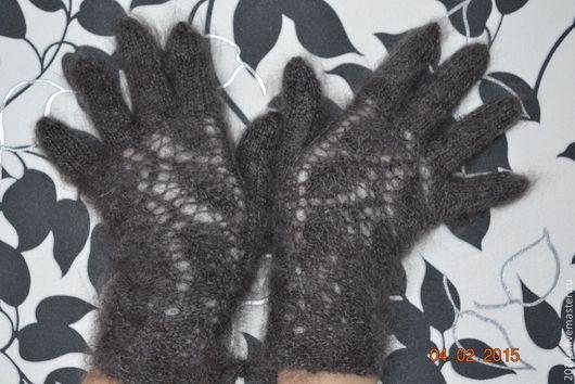 Варежки, митенки, перчатки ручной работы. Ярмарка Мастеров - ручная работа. Купить Перчатки вязаные женские Серые пуховые. Handmade.
