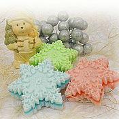 """Мыло ручной работы. Ярмарка Мастеров - ручная работа """"Новогодняя снежинка"""" сувенирное мыло ручной работы. Handmade."""