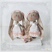 Куклы и игрушки ручной работы. Ярмарка Мастеров - ручная работа Зайки близняшки. Handmade.