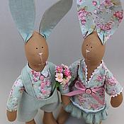 Куклы и игрушки ручной работы. Ярмарка Мастеров - ручная работа Цветочная парочка Зайцев. Handmade.