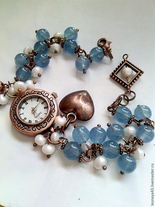 Часы ручной работы. Ярмарка Мастеров - ручная работа. Купить Часы -браслет. Handmade. Голубой, часы-браслет, браслет с камнями