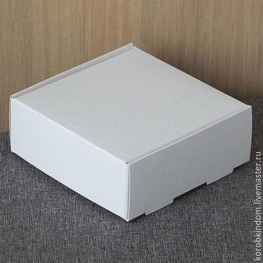 Упаковка ручной работы. Ярмарка Мастеров - ручная работа. Купить Коробочка 9х9х3,5 белая с откидной крышкой, фактурный картон. Handmade.