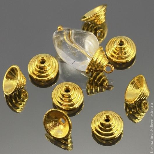Шапочки для бусин в тибетском стиле Пирамидка с покрытием имитирующим светлое золото для использования в сборке украшений комплектами по 10 штук