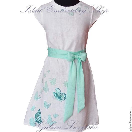 Платья ручной работы. Ярмарка Мастеров - ручная работа. Купить Льняное платье с ручной вышивкой Бабочки. Handmade. Вышиванка