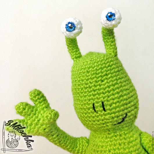 Сказочные персонажи ручной работы. Ярмарка Мастеров - ручная работа. Купить Инопланетянин Sluggo зеленый. Handmade. Салатовый, существо, пряжа