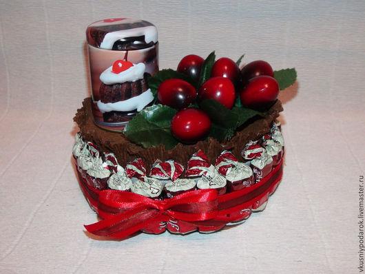 """Кулинарные сувениры ручной работы. Ярмарка Мастеров - ручная работа. Купить Торт  """"Ягодный  микс"""". Handmade. Коричневый, подарок женщине"""