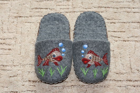 """Обувь ручной работы. Ярмарка Мастеров - ручная работа. Купить Домашние тапочки """"Рыбки"""". Handmade. Домашние тапочки, тапки, рыбки"""