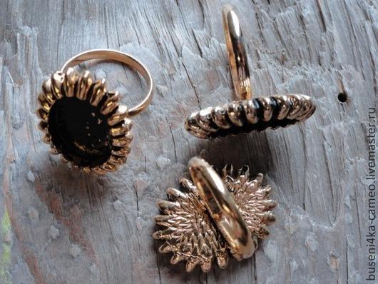 Для украшений ручной работы. Ярмарка Мастеров - ручная работа. Купить Основа для кольца Лучики 13х18мм, ант.золото (1шт). Handmade.