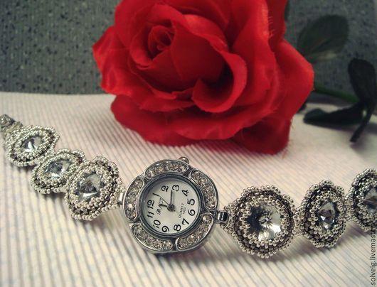 Часы ручной работы. Ярмарка Мастеров - ручная работа. Купить Часы-браслет с кристаллами Сваровски. Handmade. Часы ручной работы