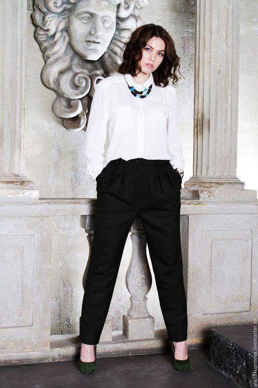 Женские брюки из шерсти