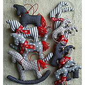 Сувениры и подарки handmade. Livemaster - original item Horses & Deer, Christmas tree toys, polka dots and stripes, new year. Handmade.