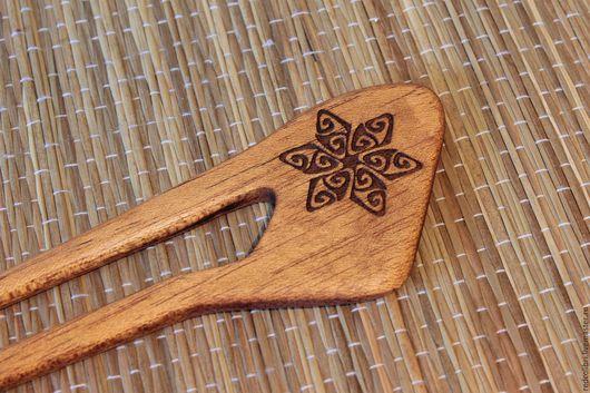 """Заколки ручной работы. Ярмарка Мастеров - ручная работа. Купить Деревянная шпилька """"Снежинка"""". Handmade. Украшение из дерева, бохо стиль"""