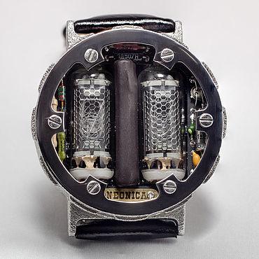 Украшения ручной работы. Ярмарка Мастеров - ручная работа Часы на газоразрядном индикаторе в стиле Артёма из Метро 2033. Handmade.
